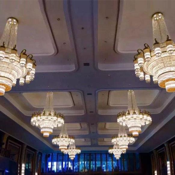 宴会厅水晶吊灯